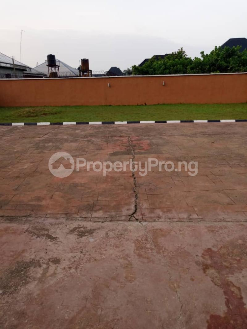 5 bedroom Detached Bungalow House for sale Aroun Tombia Round About Yenegoa Bayelsa - 9