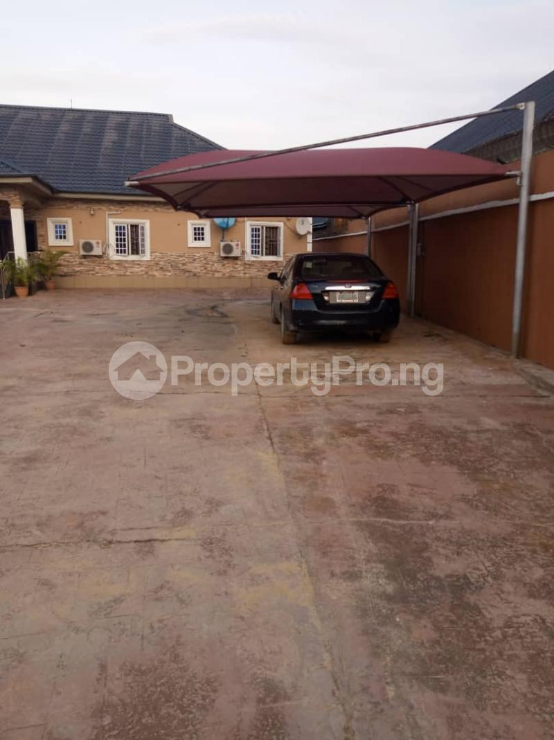 5 bedroom Detached Bungalow House for sale Aroun Tombia Round About Yenegoa Bayelsa - 5