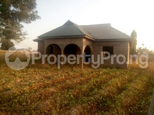 3 bedroom Flat / Apartment for sale oil village,mahuta, Kaduna South Kaduna - 0
