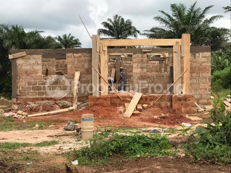 3 bedroom Detached Bungalow House for sale Oghede community In ekewah road barracks's Oredo Edo - 1
