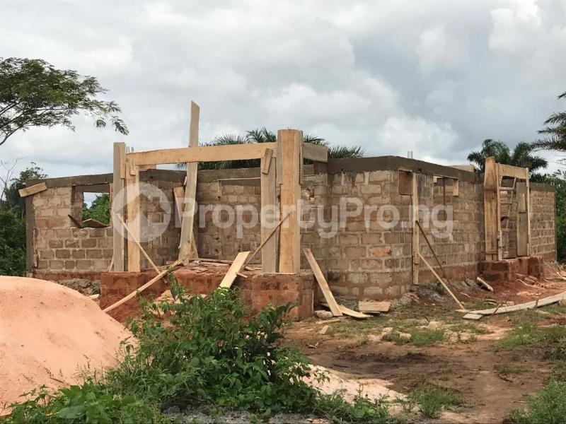 3 bedroom Detached Bungalow House for sale Oghede community In ekewah road barracks's Oredo Edo - 0