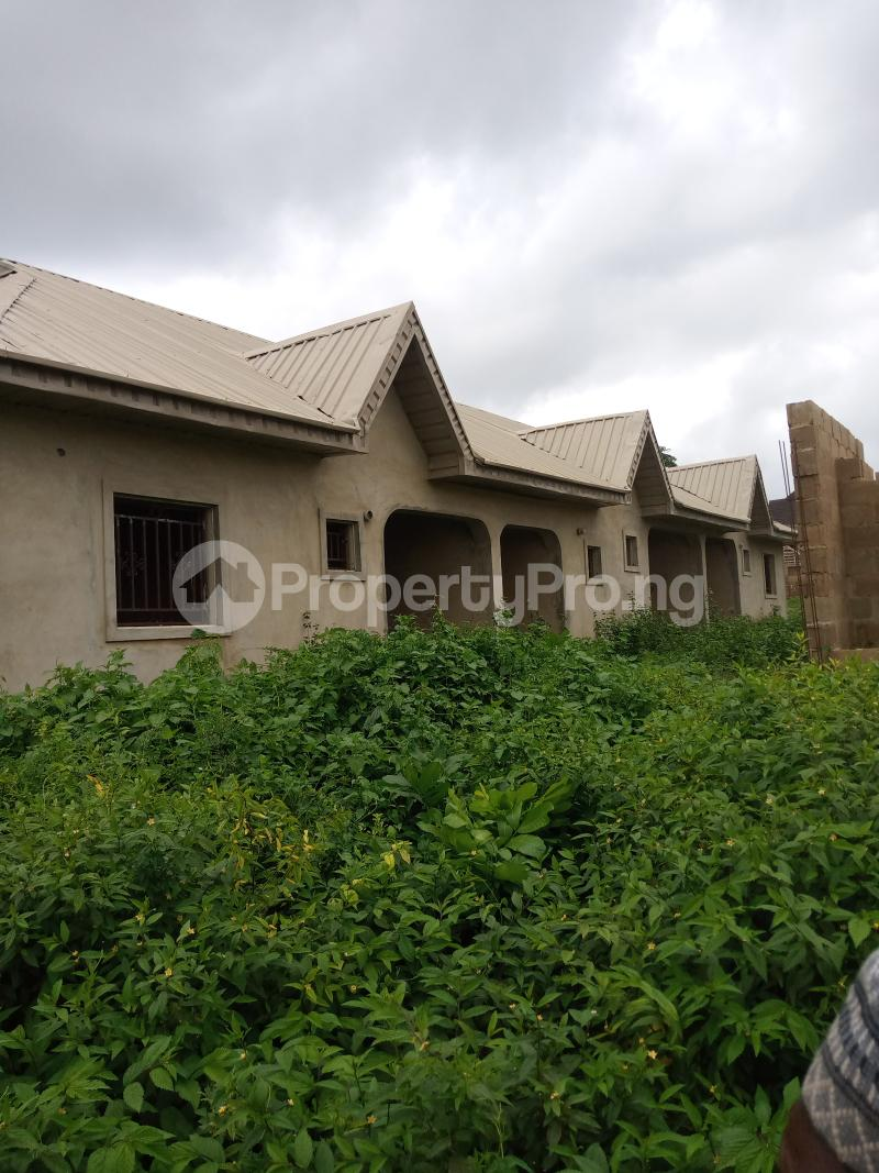 3 bedroom Flat / Apartment for sale Odoona kekere Odo ona Ibadan Oyo - 0