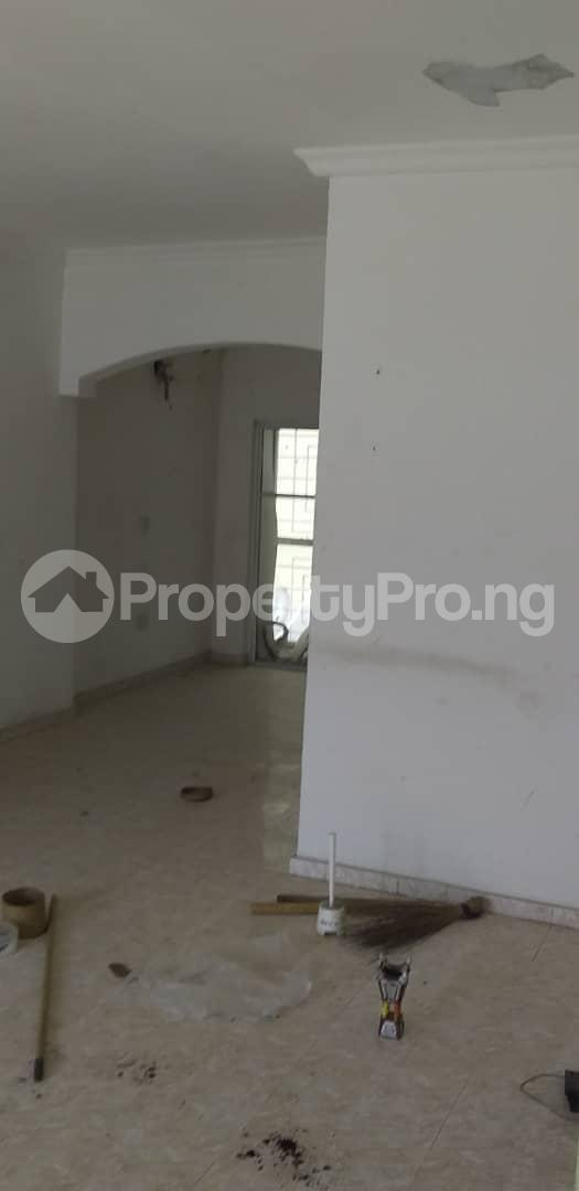3 bedroom Shared Apartment Flat / Apartment for sale Wurola court  ONIRU Victoria Island Lagos - 2