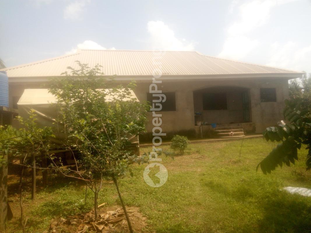 4 bedroom Detached Bungalow House for sale Barnawa phase 2 Kaduna South Kaduna - 3