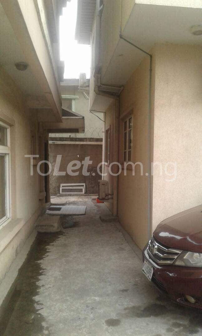 4 bedroom House for sale Harrison Onike Yaba Lagos - 3