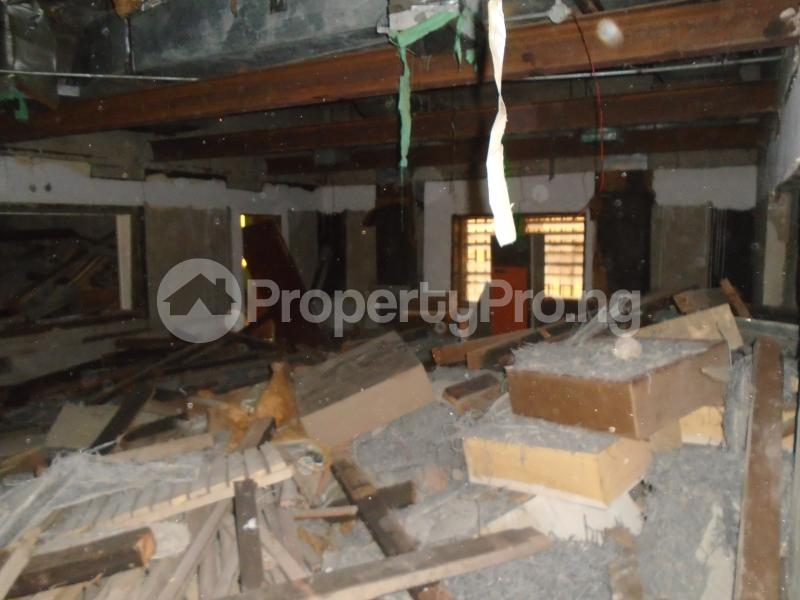Warehouse Commercial Property for rent off obafemi awolowo way,ikeja Obafemi Awolowo Way Ikeja Lagos - 11