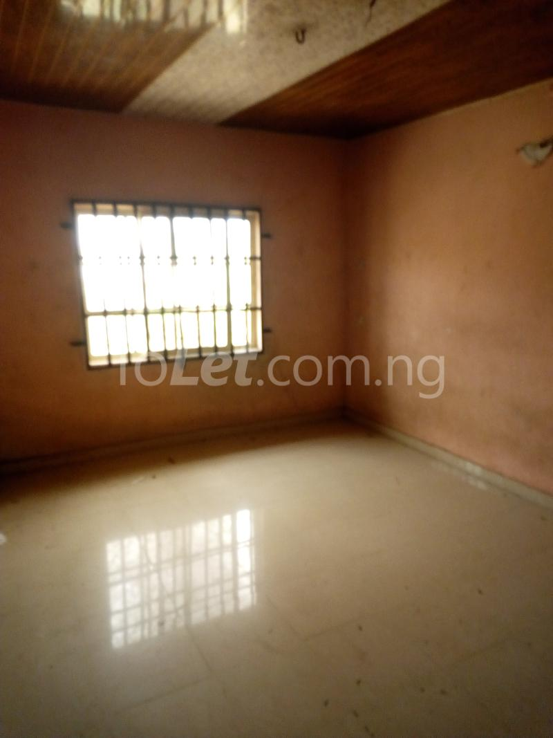 3 bedroom Flat / Apartment for rent Ikot EneObong, Calabar Cross River - 5