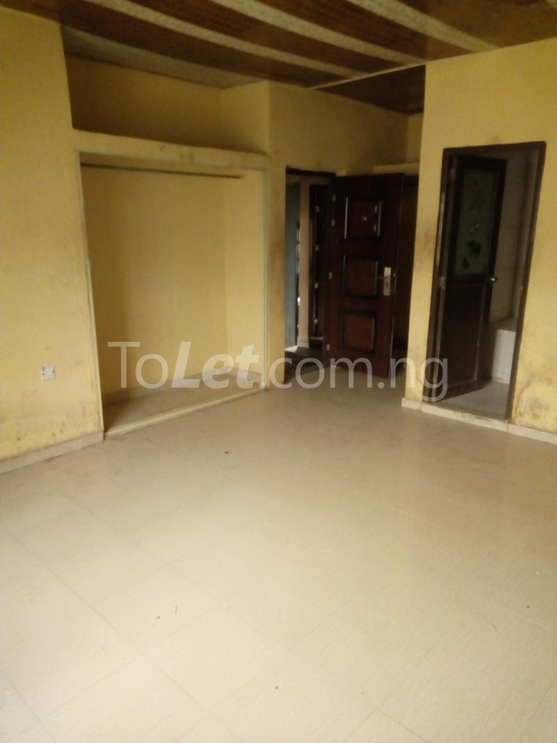 3 bedroom Flat / Apartment for rent Ikot EneObong, Calabar Cross River - 4
