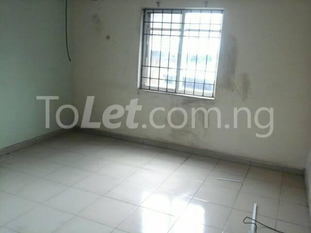 3 bedroom Flat / Apartment for rent Off Ajayi Road Lagos - 11