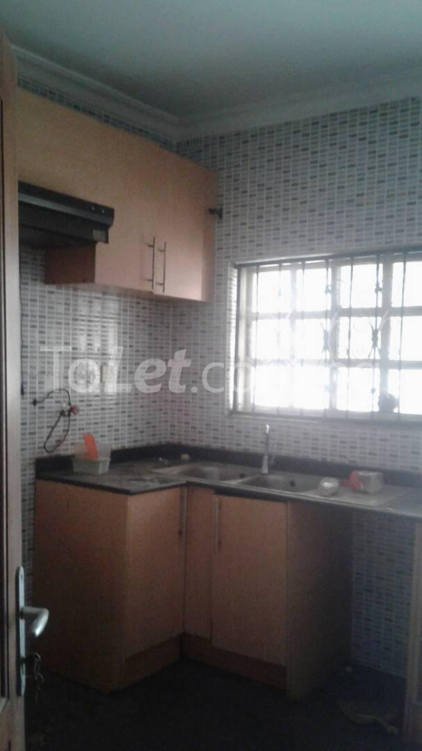 3 bedroom Flat / Apartment for rent Off Ajayi Road Lagos - 13