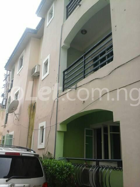 3 bedroom Flat / Apartment for rent Off Ajayi Road Lagos - 2