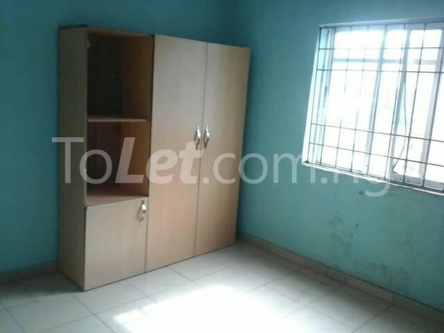 3 bedroom Flat / Apartment for rent Off Ajayi Road Lagos - 6