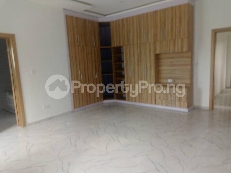 4 bedroom Semi Detached Duplex House for sale . Idado Lekki Lagos - 8