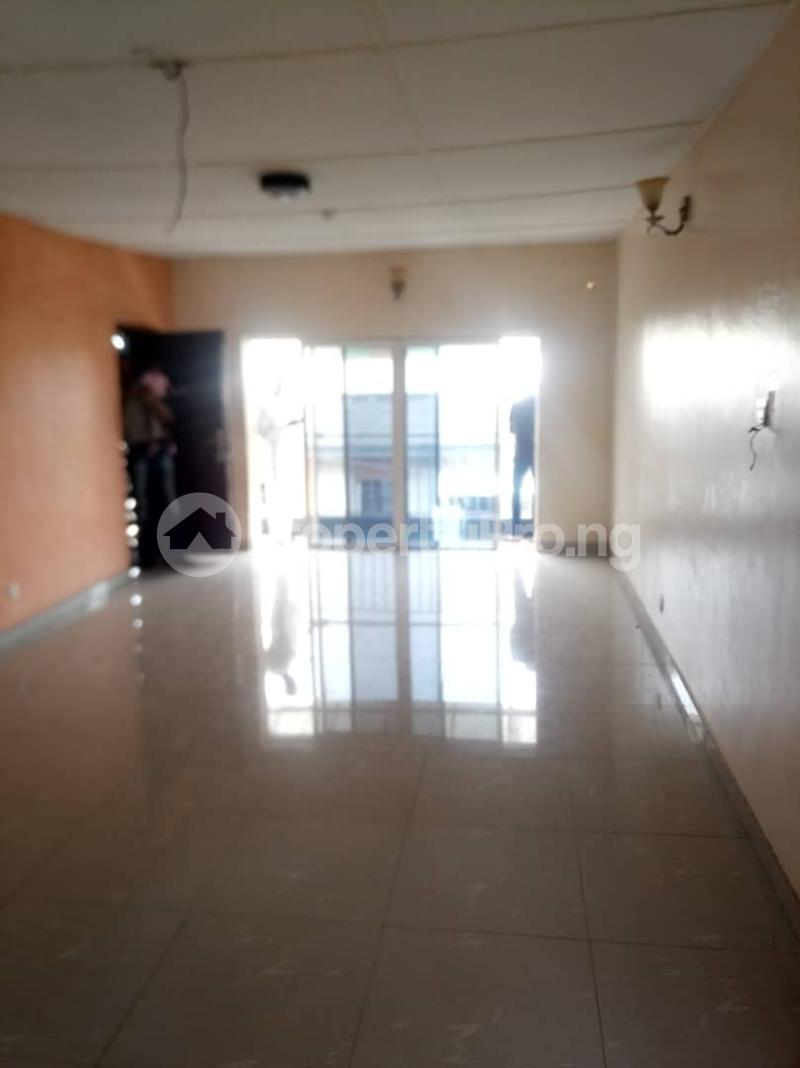 3 bedroom Flat / Apartment for rent Fola Agoro Yaba Lagos - 8