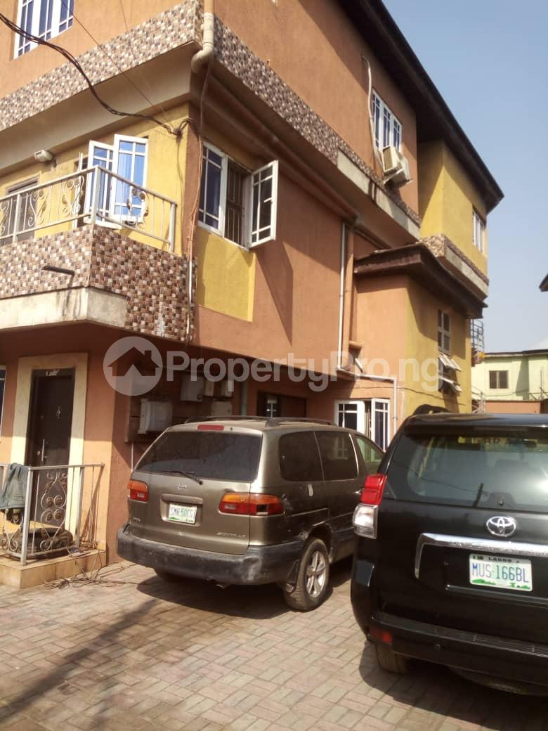 2 bedroom Terraced Duplex House for rent Medina Estate Atunrase Medina Gbagada Lagos - 0