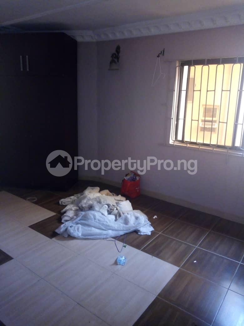 2 bedroom Terraced Duplex House for rent Medina Estate Atunrase Medina Gbagada Lagos - 5