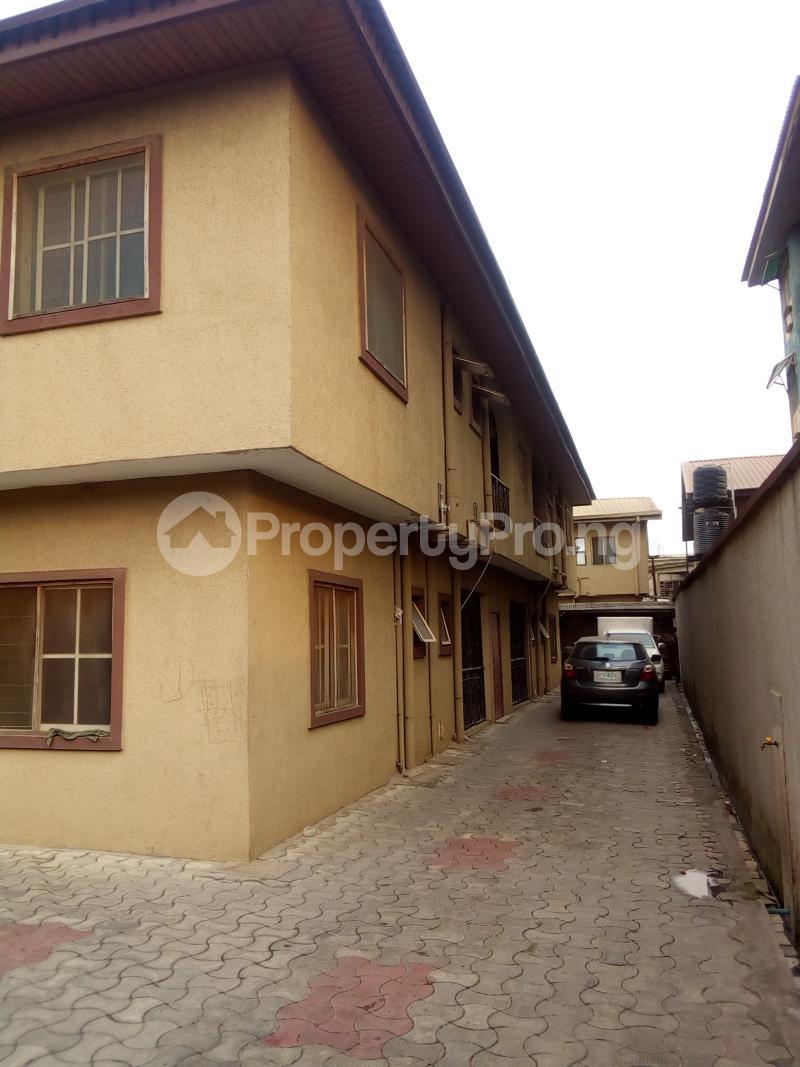 3 bedroom Flat / Apartment for rent Ifako Ifako-gbagada Gbagada Lagos - 2