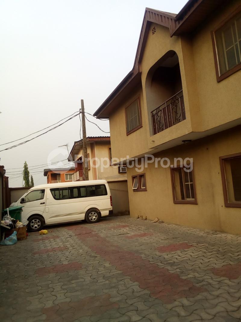 3 bedroom Flat / Apartment for rent Ifako Ifako-gbagada Gbagada Lagos - 1