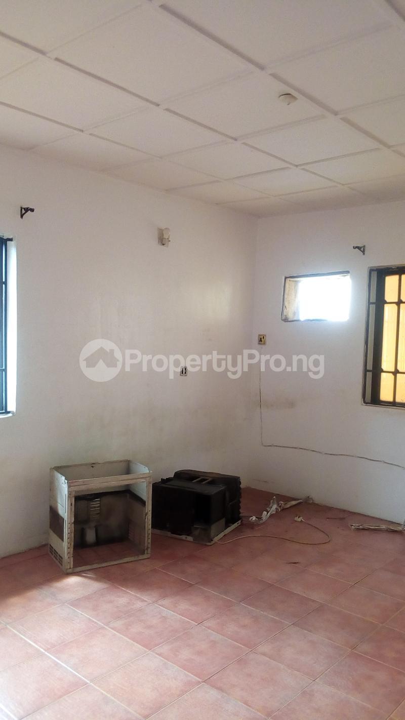 4 bedroom Terraced Duplex House for rent Atunrase Estate Atunrase Medina Gbagada Lagos - 10