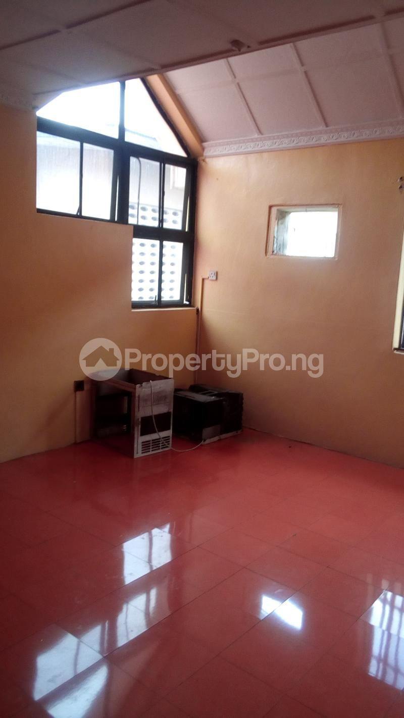 4 bedroom Terraced Duplex House for rent Atunrase Estate Atunrase Medina Gbagada Lagos - 6