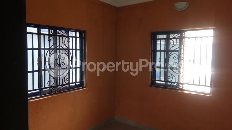 3 bedroom Flat / Apartment for rent Madam Okesola street, Victory Estate,  Ejigbo Road, Idimu Egbe/Idimu Lagos - 4