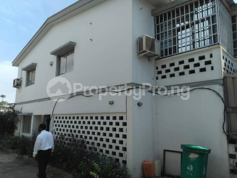 5 bedroom Semi Detached Duplex House for rent Muri Okunola Street Ligali Ayorinde Victoria Island Lagos - 4