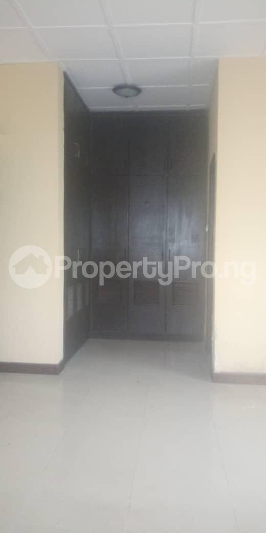 3 bedroom Blocks of Flats House for rent Femi OKUNNU Estate phase 3 Jakande Lekki Lagos - 6