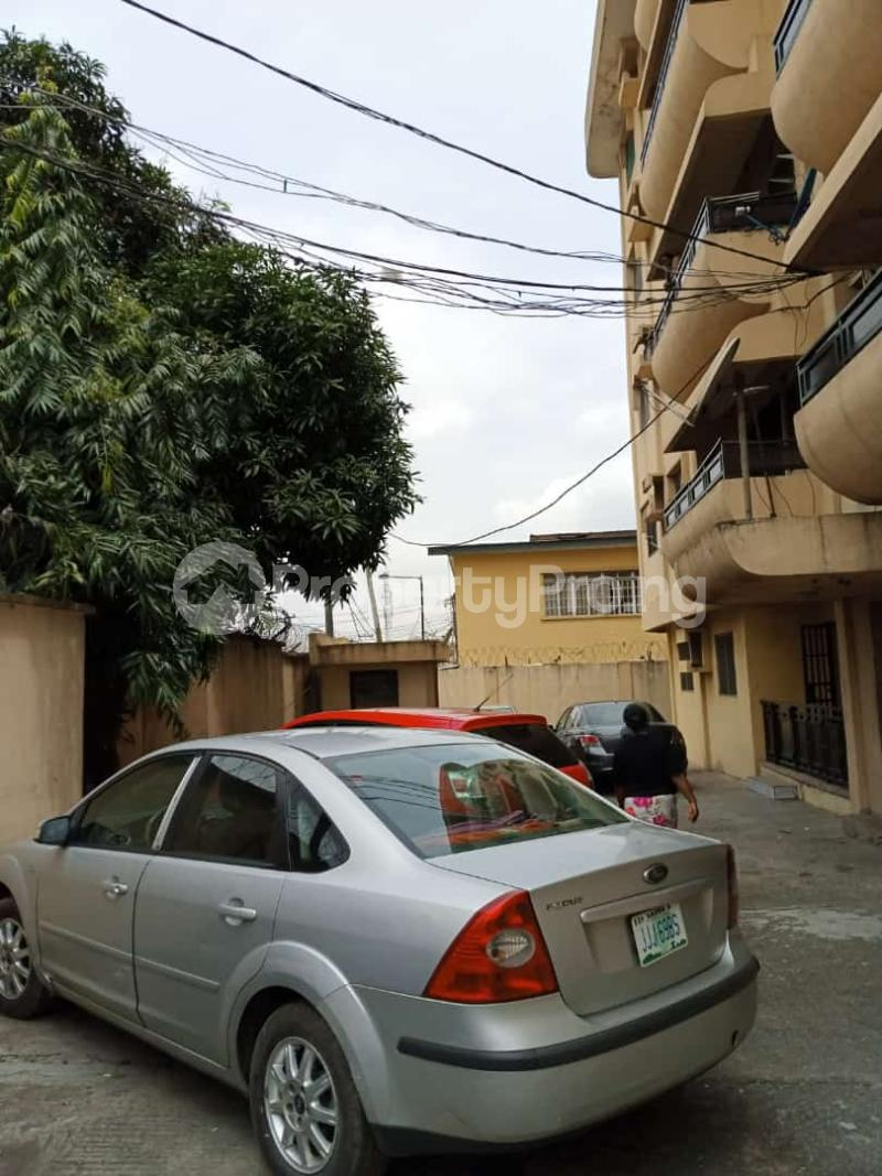 3 bedroom Detached Bungalow House for rent Palmgroove bus stop area  Maryland Lagos - 5