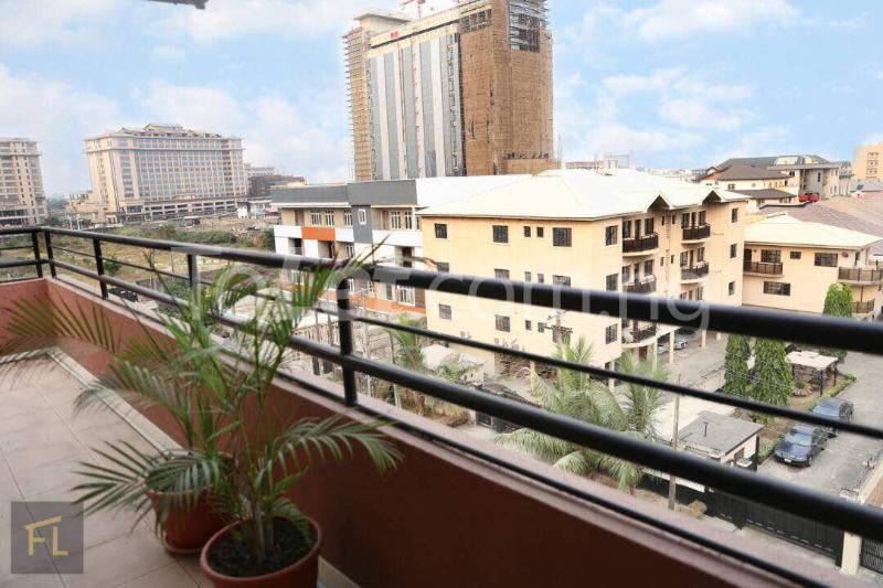 3 bedroom Flat / Apartment for shortlet Ligali  Ayorinde Victoria Island Extension Victoria Island Lagos - 4