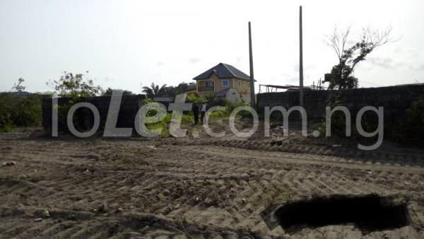 Land for sale Behind Aradagun barracks, Aradagun Bus Stop Badagry Lagos - 1