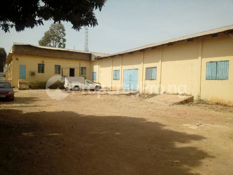 Warehouse Commercial Property for rent Beach Road Jos South Plateau - 2