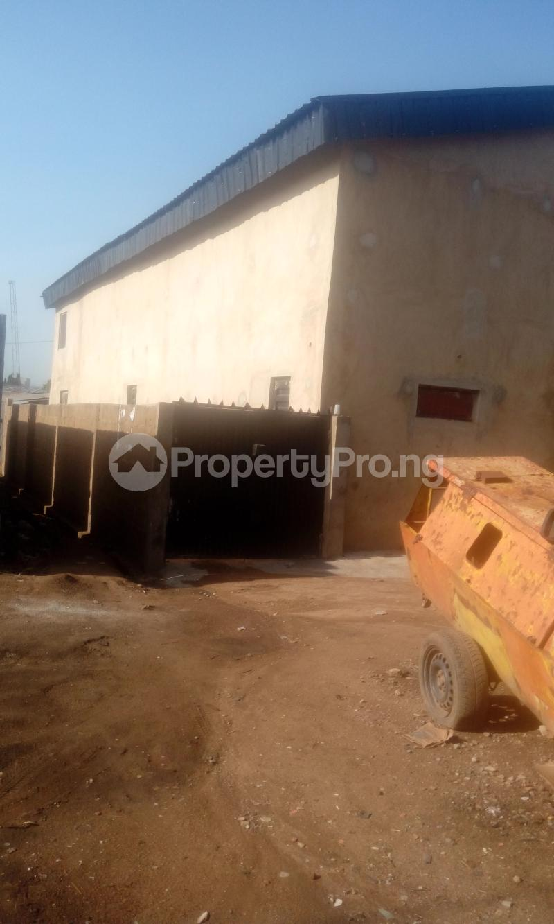 Warehouse Commercial Property for rent new garage Akala Express Ibadan Oyo - 3
