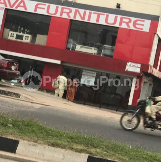 Warehouse Commercial Property for rent ring-road main road opp foodco iyanu adeoyo ibadan Ring Rd Ibadan Oyo - 5