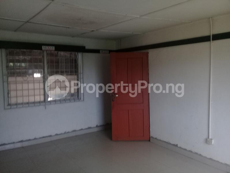 Commercial Property for rent Challenge Ibadan Oyo - 1