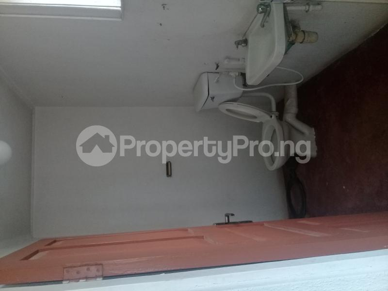 Commercial Property for rent Challenge Ibadan Oyo - 2
