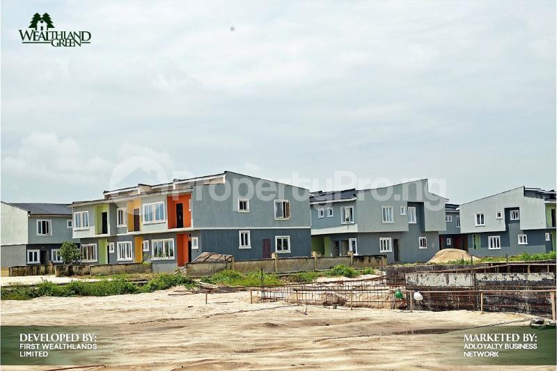 House for sale Oribanwa,Lekki Peninsula,Lagos.(1 min After Awoyaya) Awoyaya Ajah Lagos - 3