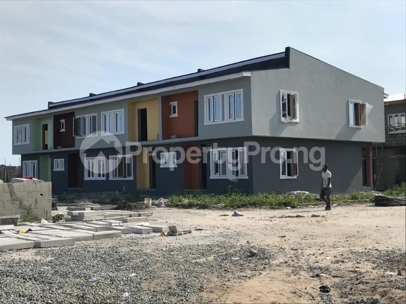 House for sale Oribanwa,Lekki Peninsula,Lagos.(1 min After Awoyaya) Awoyaya Ajah Lagos - 0