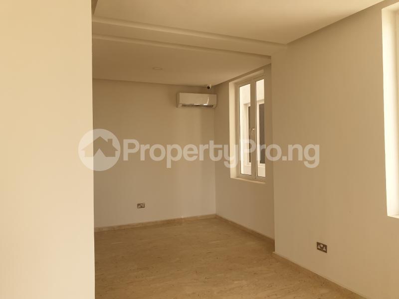 4 bedroom House for sale OFF SECOND AVENUE Banana Island Ikoyi Lagos - 5