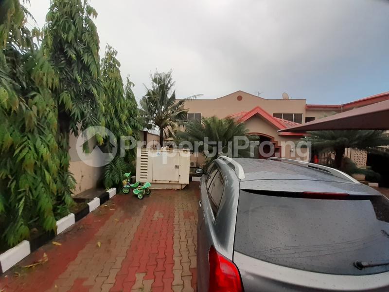 5 bedroom Flat / Apartment for sale Iju road, ishaga Lagos Iju Lagos - 0