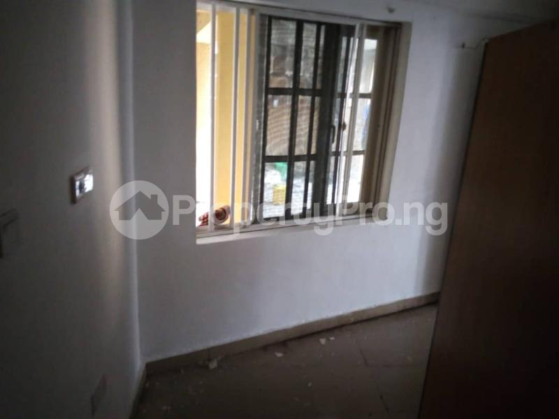 1 bedroom mini flat  Mini flat Flat / Apartment for rent Mayegun opp Shoprite tarred road, gated, etc Jakande Lekki Lagos - 2