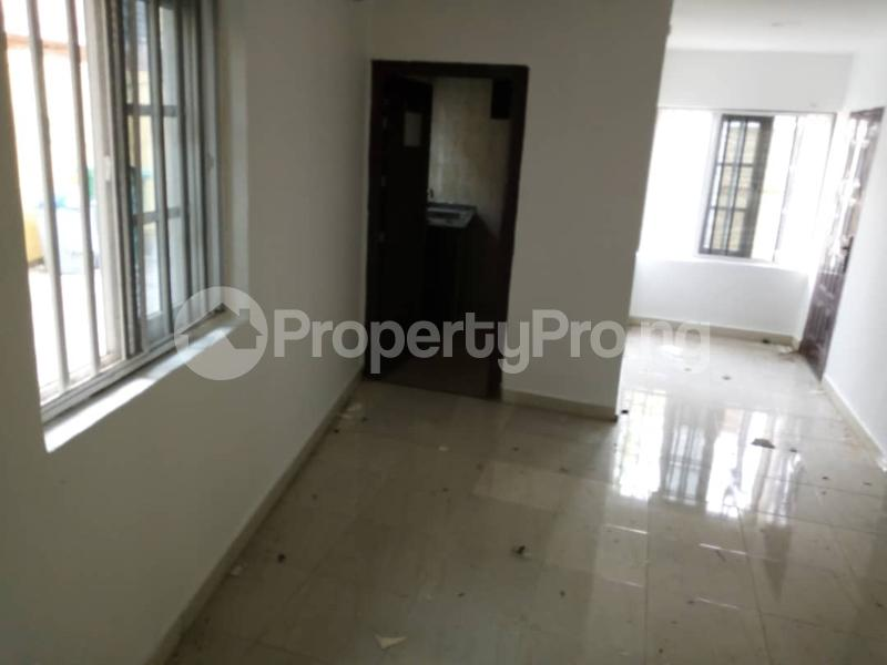 1 bedroom mini flat  Mini flat Flat / Apartment for rent Mayegun opp Shoprite tarred road, gated, etc Jakande Lekki Lagos - 5