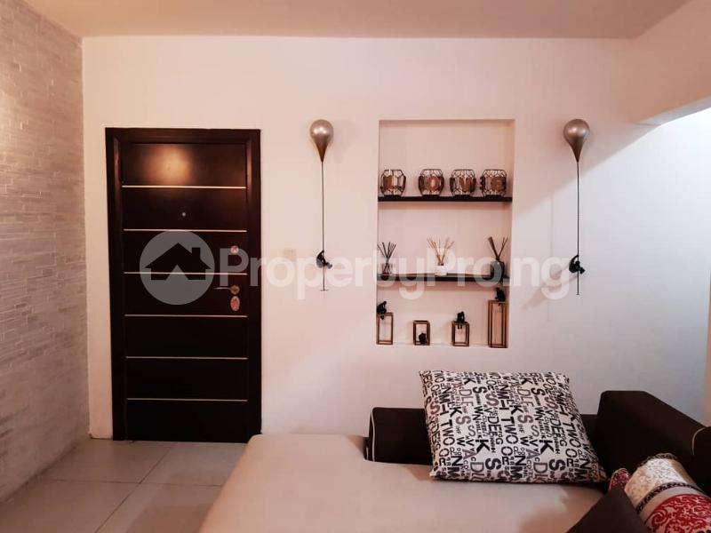 1 bedroom mini flat  Mini flat Flat / Apartment for rent Femi okunnu Estate Jakande Lekki Lagos - 4