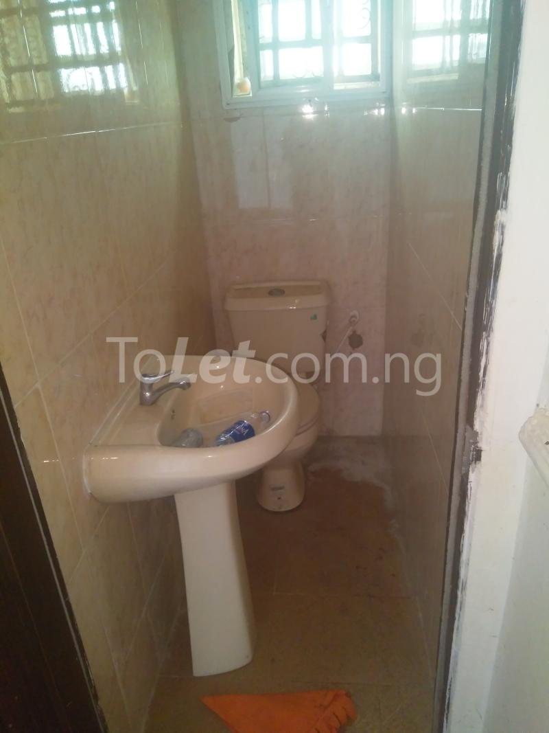 2 bedroom Flat / Apartment for rent BY CIRCLE MALL/ SHOPRITE ROAD Osapa london Lekki Lagos - 3