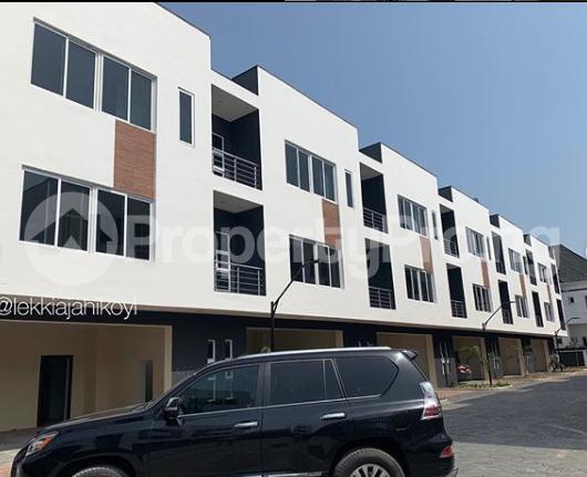 4 bedroom House for rent -  Osapa london Lekki Lagos - 1