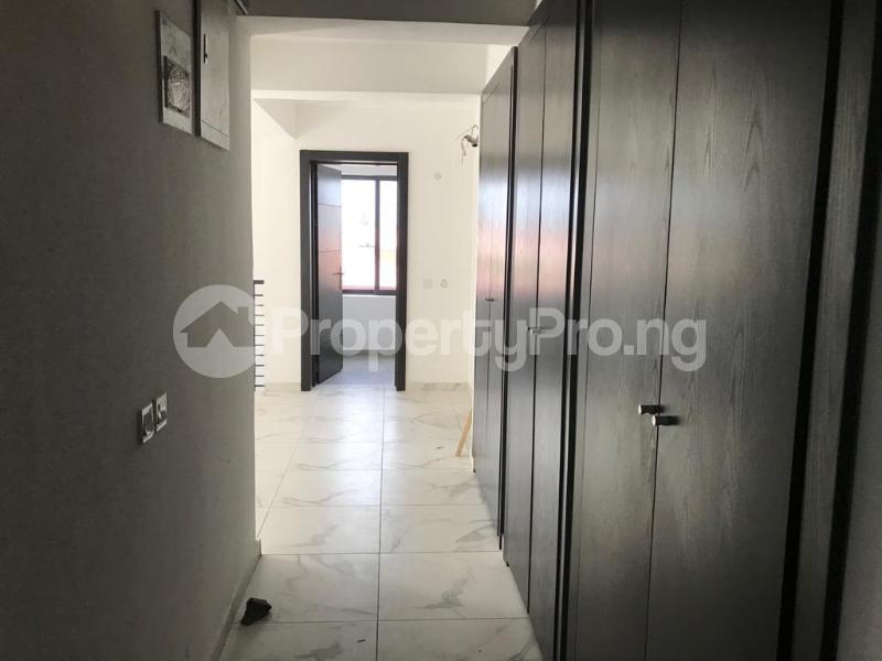 4 bedroom Terraced Duplex House for rent Jakande Crescent  ONIRU Victoria Island Lagos - 8