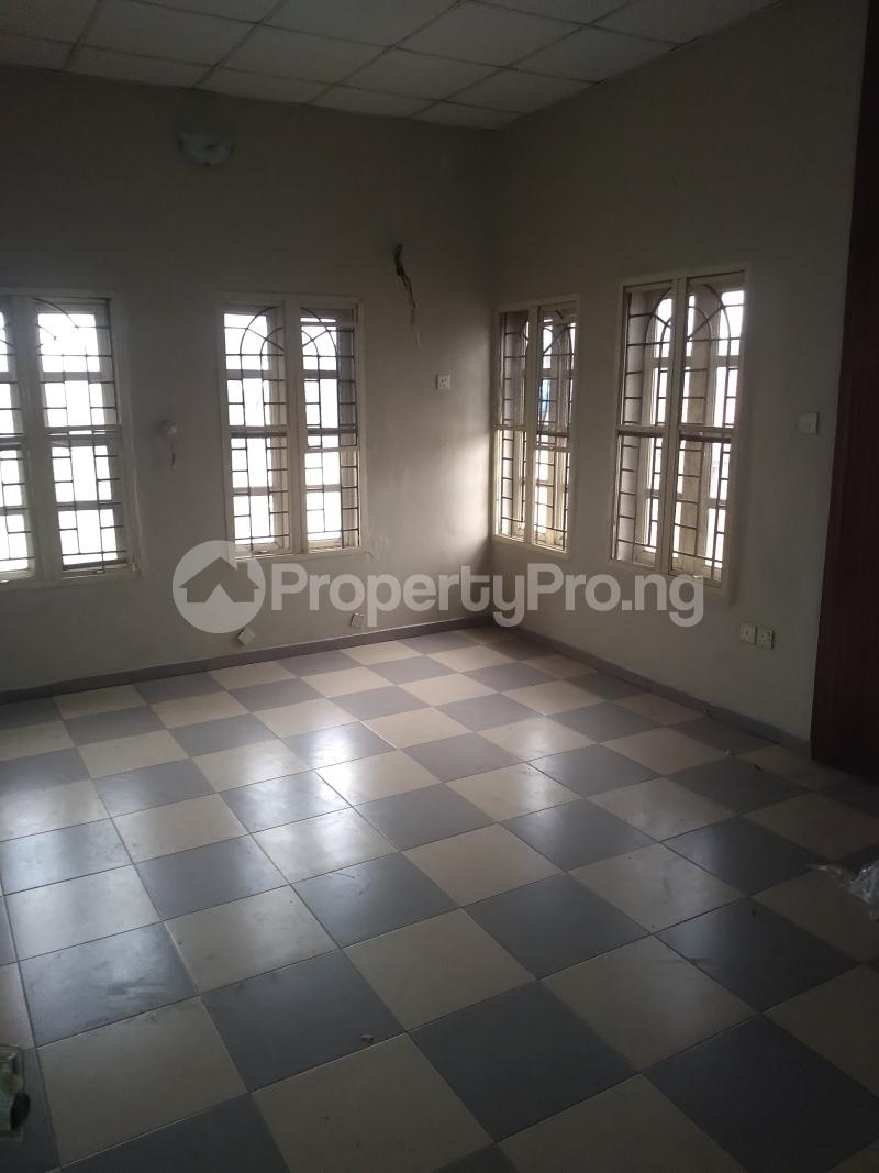 5 bedroom Terraced Duplex House for rent Medina estate  Medina Gbagada Lagos - 7
