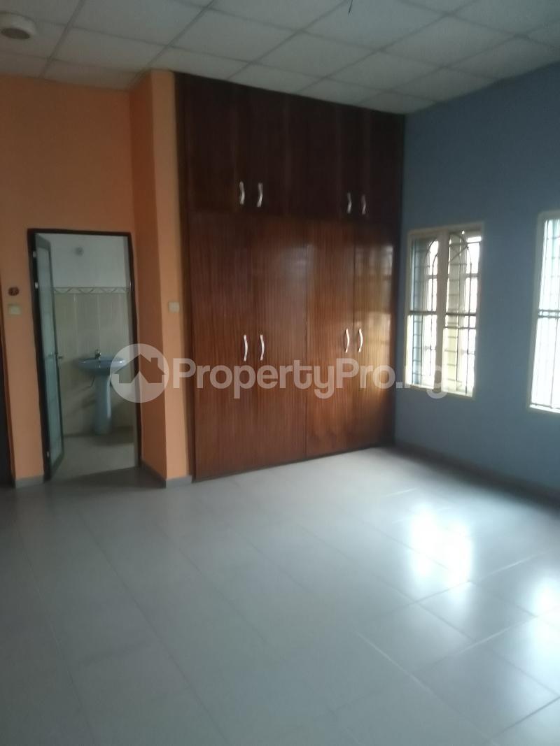 5 bedroom Terraced Duplex House for rent Medina estate  Medina Gbagada Lagos - 11
