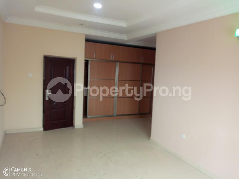 4 bedroom Semi Detached Duplex House for rent Fly over bridge FHA lugbe Lugbe Abuja - 3