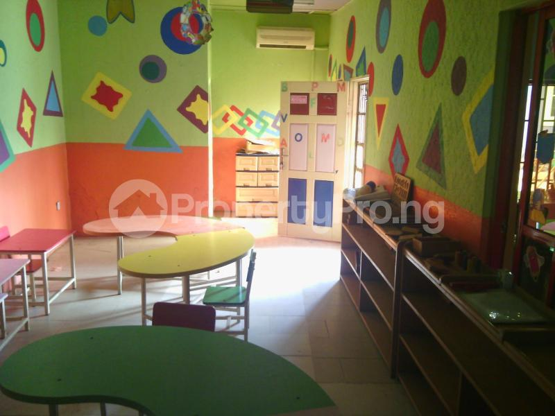 7 bedroom Detached Bungalow House for rent 50 bola ahmed tinubu road, ifako ijaiye , fagba, lagos Iju Lagos - 5