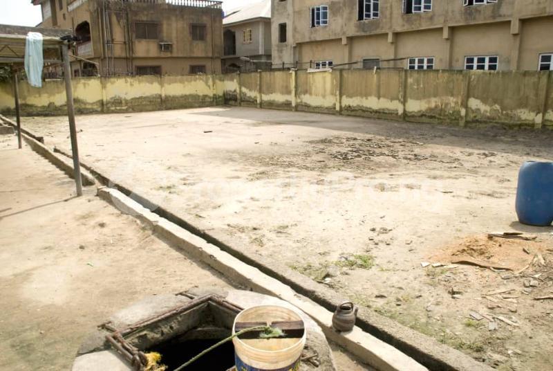 School Commercial Property for sale Amuwo Odofin Amuwo Odofin Lagos - 2